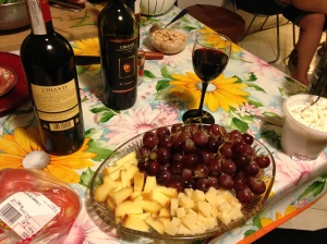 Wine, grapes and cheese, it's a party!